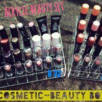 กล่องใส่เครื่องสำอางค์-ชั้นวาง อะคริลิค Beauty-Cosmetic box shop